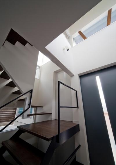 WA邸 (玄関1)