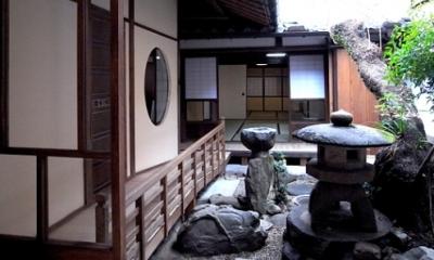 奈良町O邸(登録文化財) (中庭)