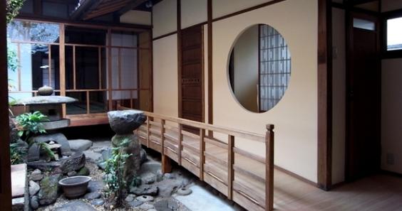 奈良町O邸(登録文化財)の部屋 廊下