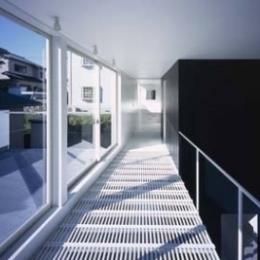 house Kf (廊下(撮影:H.HIRAI & H.SUGIURA))
