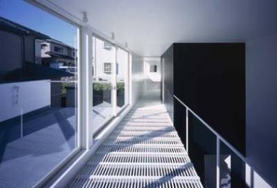 廊下(撮影:H.HIRAI & H.SUGIURA) (house Kf)