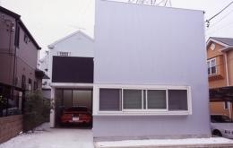 house Kf (外観(日中)(撮影:H.HIRAI & H.SUGIURA))