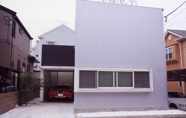 house Kfの部屋 外観(日中)(撮影:H.HIRAI & H.SUGIURA)