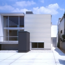 house S (南外観(日中)(撮影:T.KURUMATA))