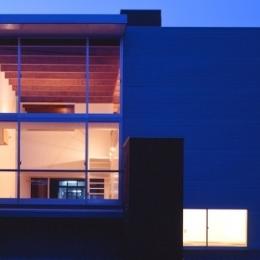 house S (外観(夜間)(撮影:T.KURUMATA))