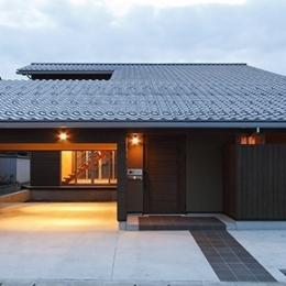 燻の家 (外観(点灯)(撮影:Tomohiro Sakashita))