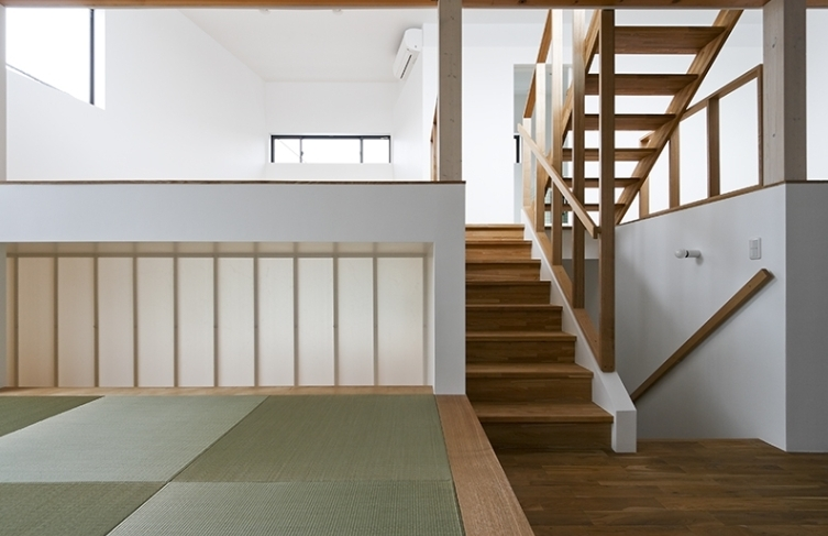 凸の家の部屋 和室(撮影:Tomohiro Sakashita)