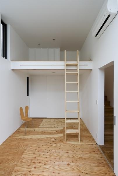 凸の家の部屋 ロフト(撮影:Tomohiro Sakashita)