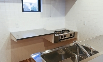 キッチン(撮影:Tomohiro Sakashita)|凸の家