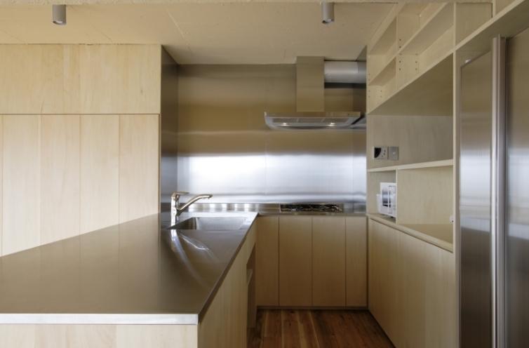 902の部屋 キッチン(撮影:Tomohiro Sakashita)