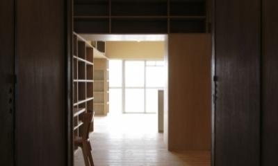 902 (廊下(撮影:Tomohiro Sakashita))