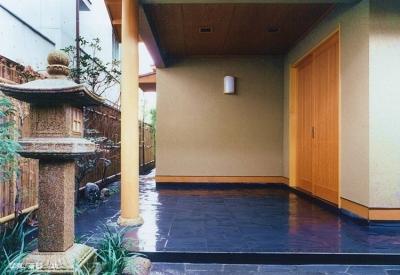 玄関1 (大手町の家)