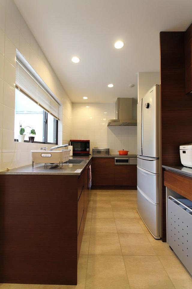 中庭のある家(1)の部屋 L字型キッチン