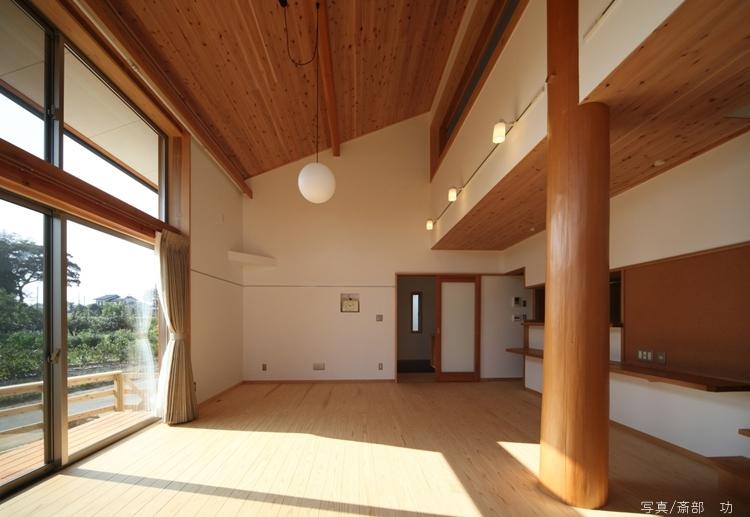 陽の家の写真 リビング2