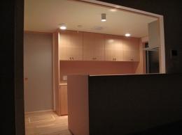 吉田の家 (キッチン夜景)