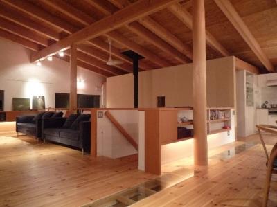 2階リビング (大自然の中で時間の流れを楽しむ家|那須の週末住宅)