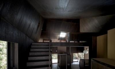 Viila S (ロフトに続く階段)