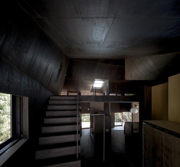 Viila Sの写真 ロフトに続く階段