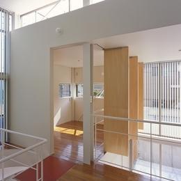 IZ HOUSE (個室(撮影:平井広行))
