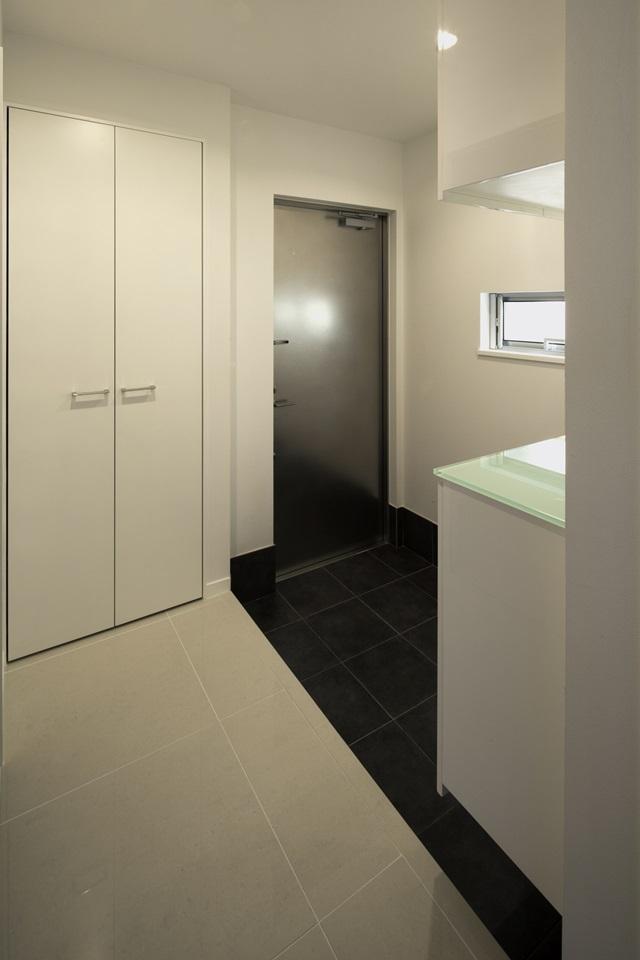 ハイサイドライトハウス(3)の部屋 玄関スペース