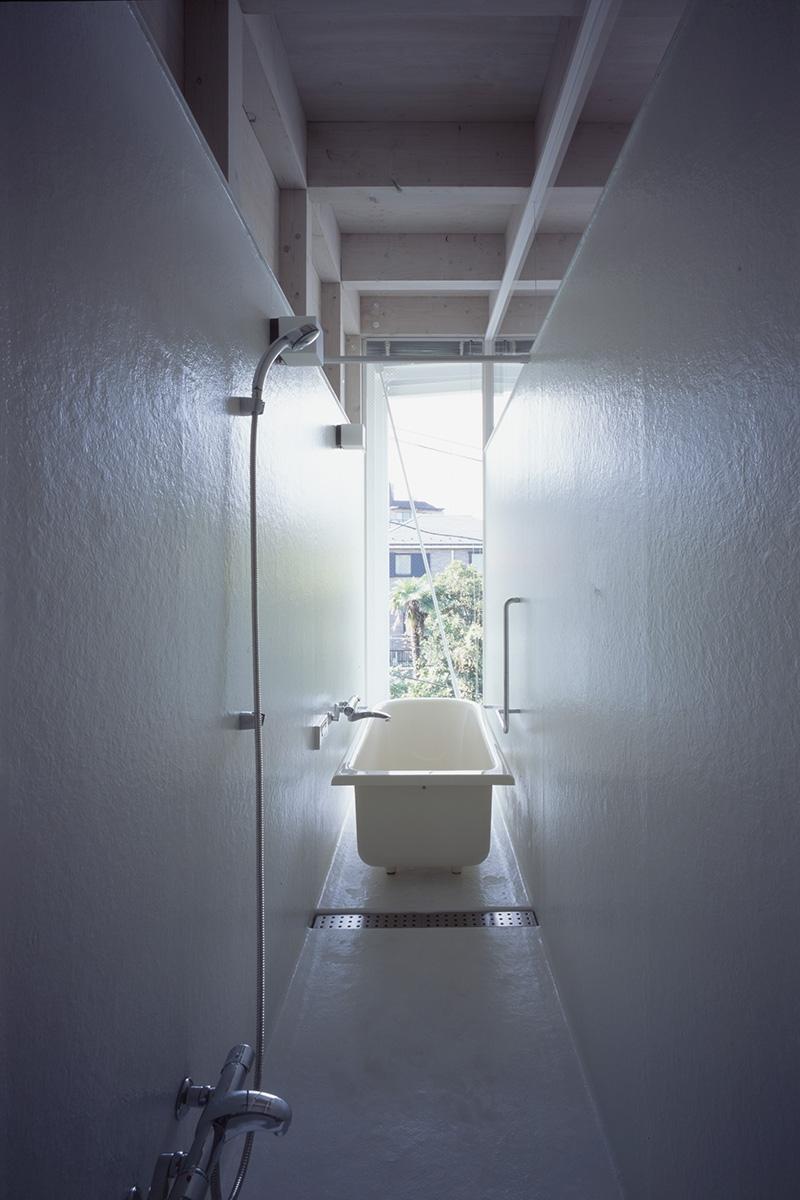 打越の家の部屋 浴室
