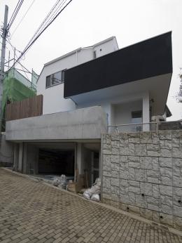 アウトドアリビングの家(4) (外観)