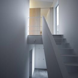 調布の家 (階段 1)