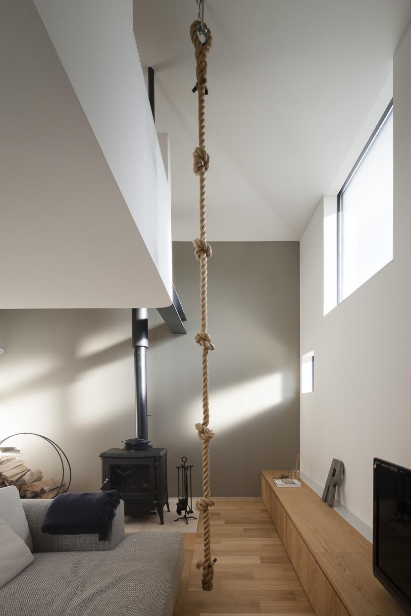 建築家:NAOI「方形屋根のいえ」