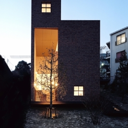 建築家 平賀 久生の事例「傾斜地の家」