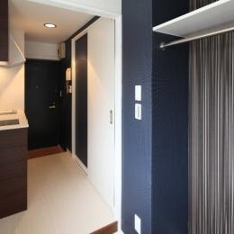 町田市「アンティ玉川学園」:賃貸ワンルームリノベーション (210号室キッチン&洗濯機スペース)