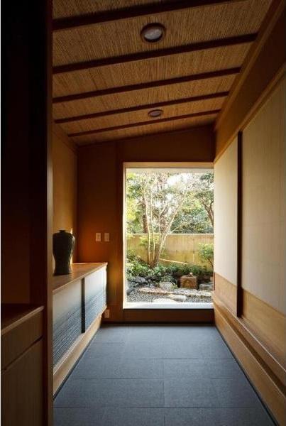 建築家:堀 紳一朗「小間・広間・立礼席  RC住宅の1階に和の空間」