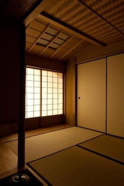 和室(茶室)/4畳 (小間・広間・立礼席  RC住宅の1階に和の空間)