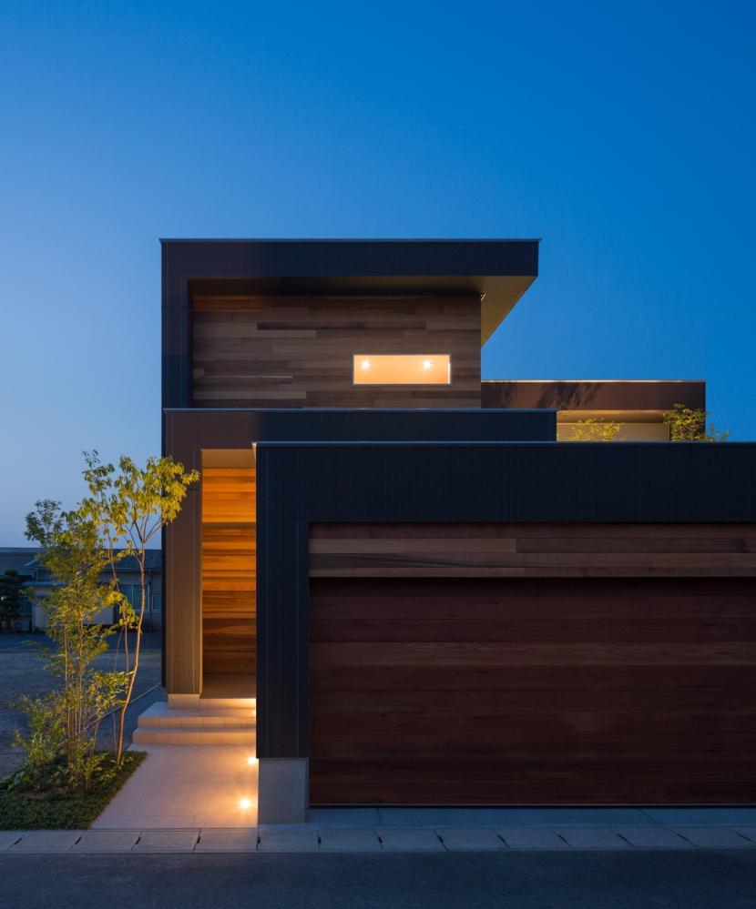 M4-house「重なり合う家」の部屋 外観
