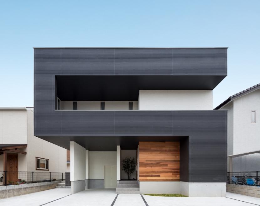 建築家:佐藤正彦「D-house「多角形の家」」