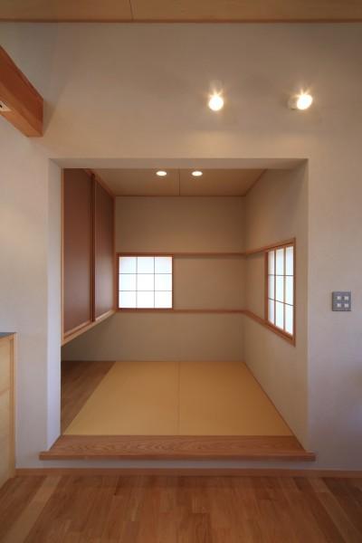 畳コーナー (アトリエのある家~2人の好きなことを楽しむ家~)
