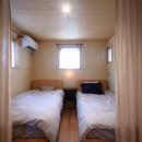 アトリエのある家~2人の好きなことを楽しむ家~の写真 寝室