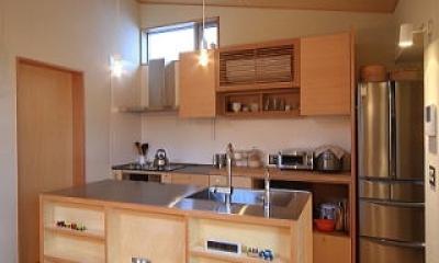 シンプル+ナチュラルな家 (キッチン)