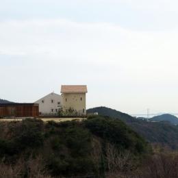 オーシャンヴューの別荘 (北西からの遠景)