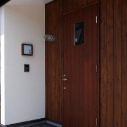 北欧家具と暮らす家 (玄関)
