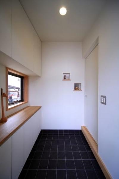 玄関2 (北欧家具と暮らす家)