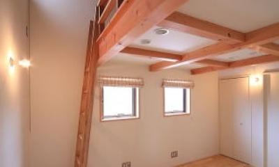 北欧家具と暮らす家~両親から譲り受けた古家の思い出をちりばめた家~ (子供室)