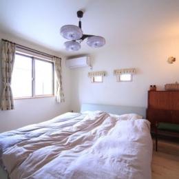 北欧家具と暮らす家 (寝室)