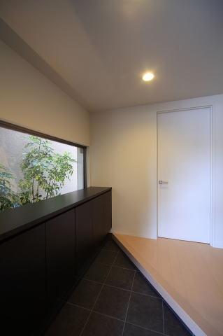 眺めのよい家の部屋 子世帯玄関