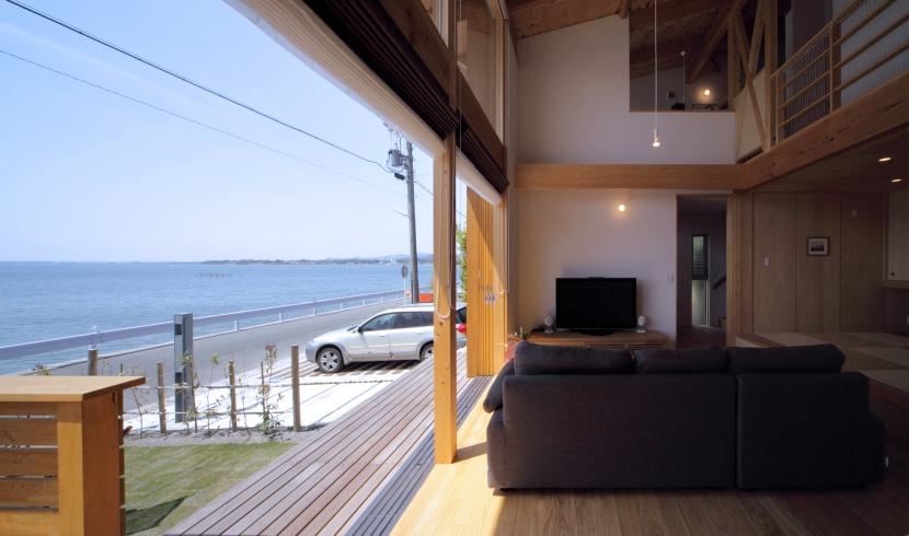建築家:久保田英之建築研究所「湖畔の佇まい」