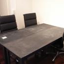 前見建築計画一級建築士事務所の住宅事例「モルタルのテーブルとアクリルの収納~羊羹と寒天」
