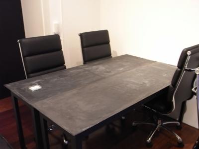 モルタルのテーブル4 (モルタルのテーブルとアクリルの収納~羊羹と寒天)