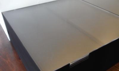 モルタルのテーブルとアクリルの収納~羊羹と寒天 (アクリルの収納3)