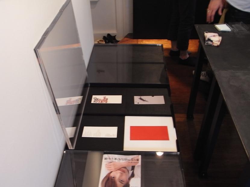 モルタルのテーブルとアクリルの収納~羊羹と寒天の部屋 アクリルの収納4