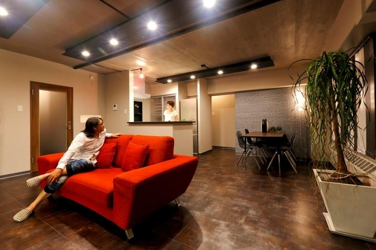 リノベーション・リフォーム会社:i・e・sリビング倶楽部「ヴィンテージマンションを モダンなインテリアが映える空間に」