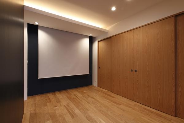 MBU 新しい田の字プランの部屋 広々シアタールーム
